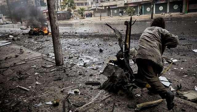 Террорист-смертник подорвал автоцистерну на блокпосте в Сирии, 23 погибших