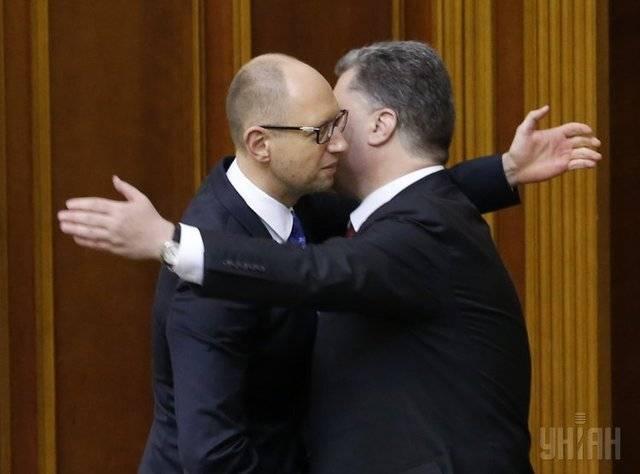 Над пропастью во лжи: Яценюк vs Порошенко