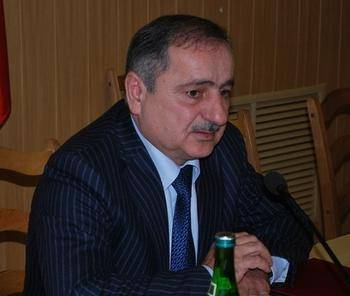 Абдулу Махачева поймали за газопровод