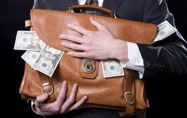 Часы от Пшонки и квартира в бессознательном состоянии: как отбирают антикоррупционных прокуроров