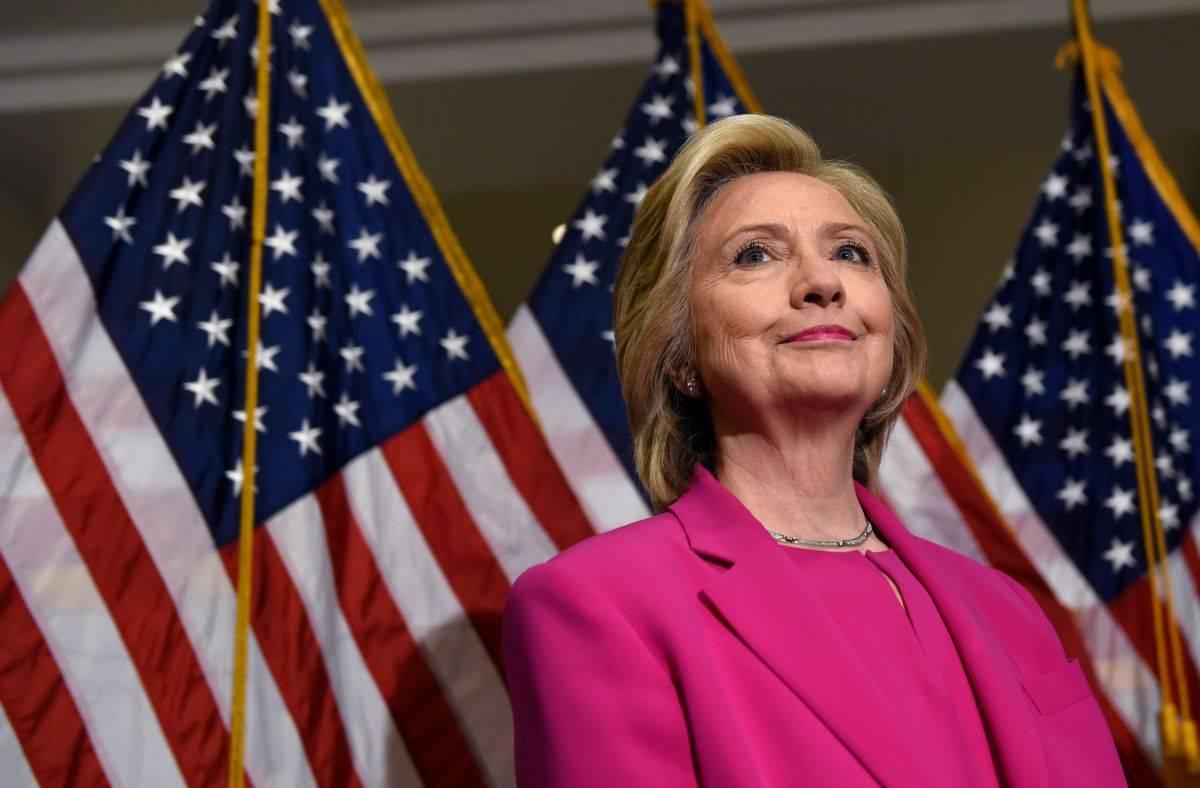 Клинтон лишила агентов ЦРУ «неоценимого прикрытия»