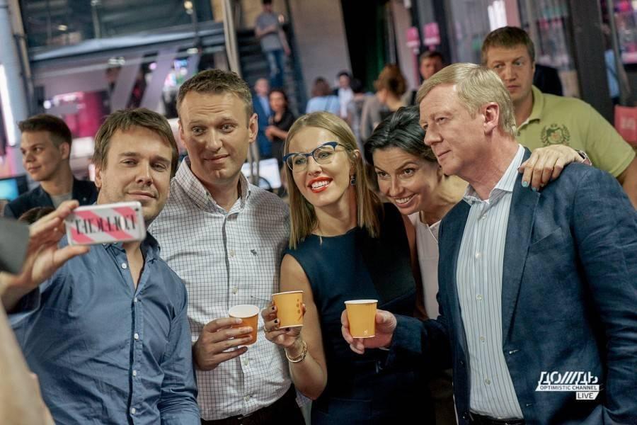 Наноботы Чубайса на дружеской ноге с Навальным