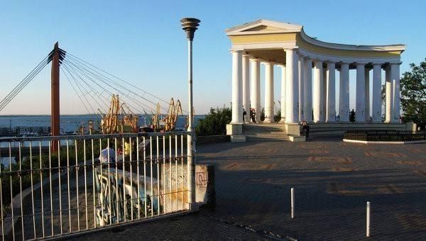 Судья в Одессе сбежал со взяткой в $19 тысяч, отстреливаясь от погони