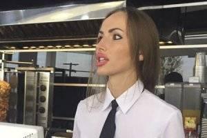 Самая сексуальная сотрудница АЗС в Украине взорвала Сеть