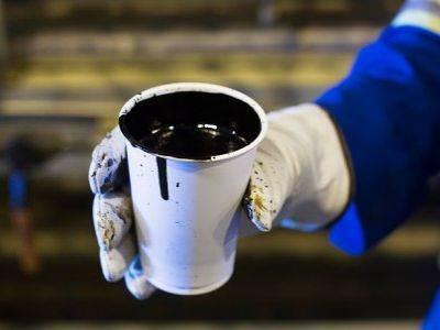 Россия увеличила добычу нефти почти на 3%