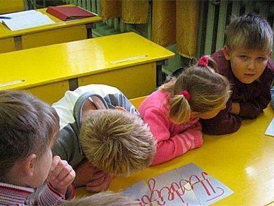 На челябинскую учительницу завели уголовное дело за сложные домашние задания