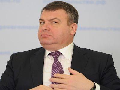Экс-министр обороны Сердюков стал главой ТСЖ в доме Васильевой в центре Москвы