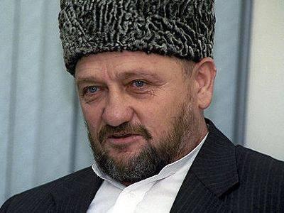 В Петербурге снова обсуждают вопрос присвоения мосту имени Ахмата Кадырова