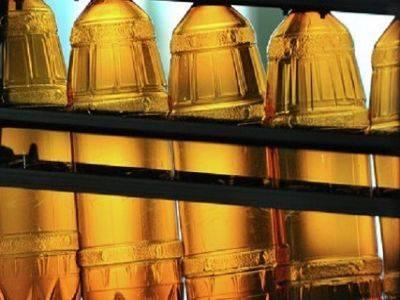 Госдума запретила продажу алкоголя в пластиковых бутылках более 1,5 литра