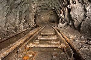 При обрушении шахты в Кемеровской области погиб горнорабочий