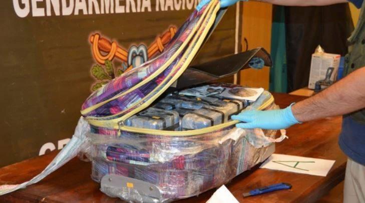 В российском посольстве в Аргентине нашли 400 кг кокаина