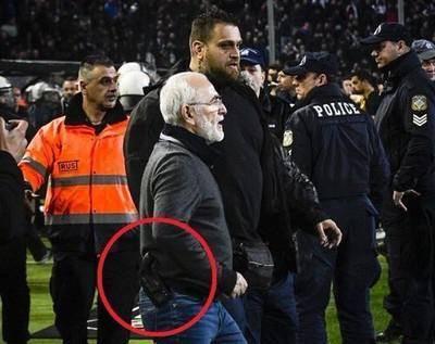 Ивану Саввиди назначили арест за наезд на судью