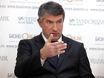 Марселя Зарипова и Елену Наумову выводят на 873 млн руб