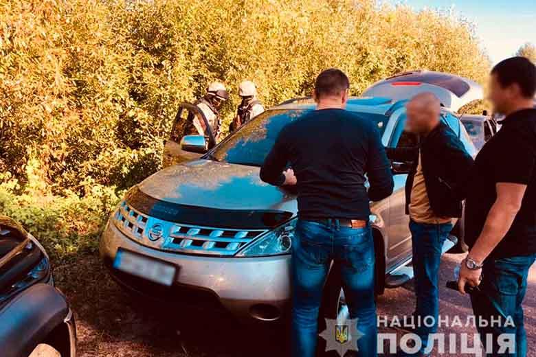 Силовики задержали на трассе мчащихся на встречу с «вором в законе» «авторитетов»