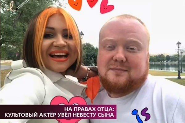 Известный российский актер признался в сексуальной связи с невестой сына