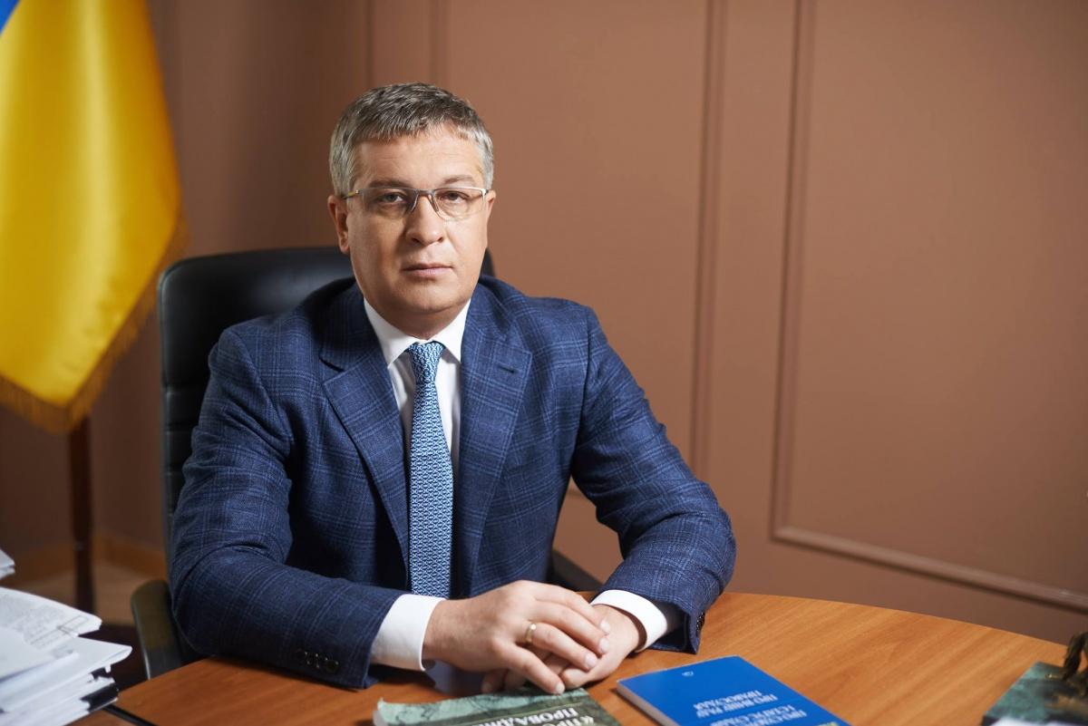 Сергей Шкляр — одиозный коррупционер под крылом Клюева и главный коллектор Украины