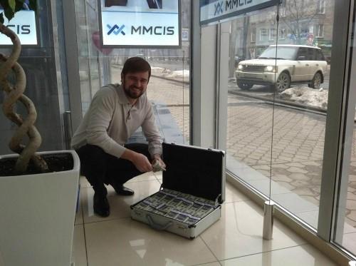 Отец MMCIS Константин Кондаков возвращается на Украину