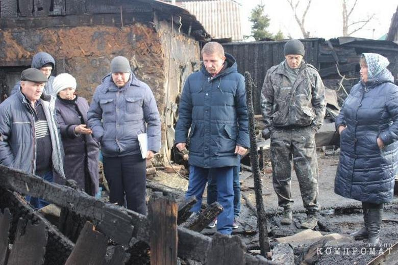 В Хакасии сгорел дом экс-кандидата на пост губернатора. Потерпевший подозревает поджог