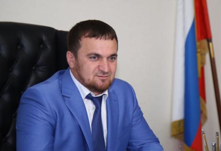 Двоюродного брата Кадырова подозревают в смертельном ДТП, которое пытаются скрыть