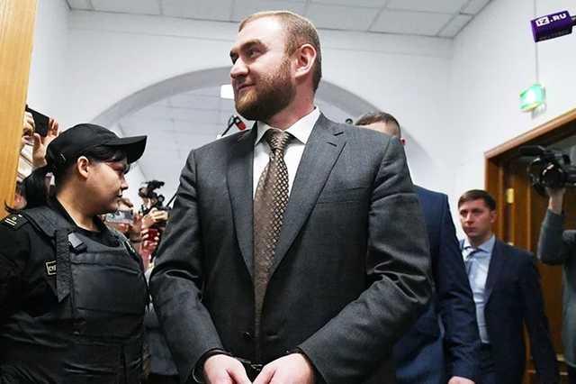 Комиссия Совета Федерации рекомендовала лишить Рауфа Арашукова статуса сенатора
