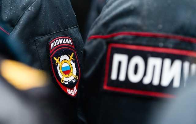 В Красноярске участники преступных группировок устроили разборки со стрельбой на автостоянке