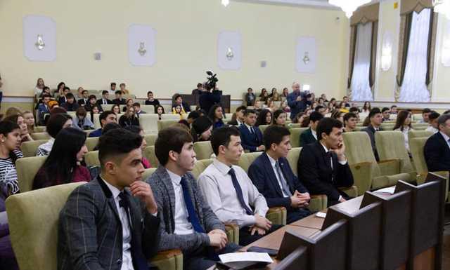 Как Минск захотел заработать на туркменских студентах, а получил головную боль