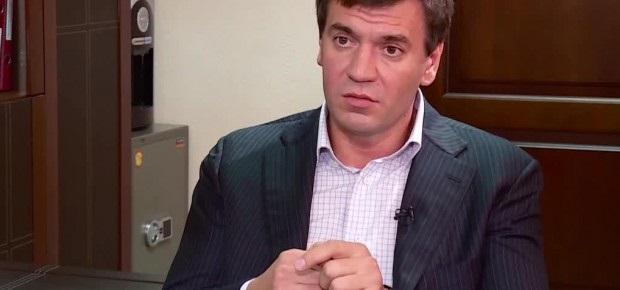 Замначальника Главного следственного управления Нацполиции Дмитрий Бут затихарил взятку в 160 тысяч гривен