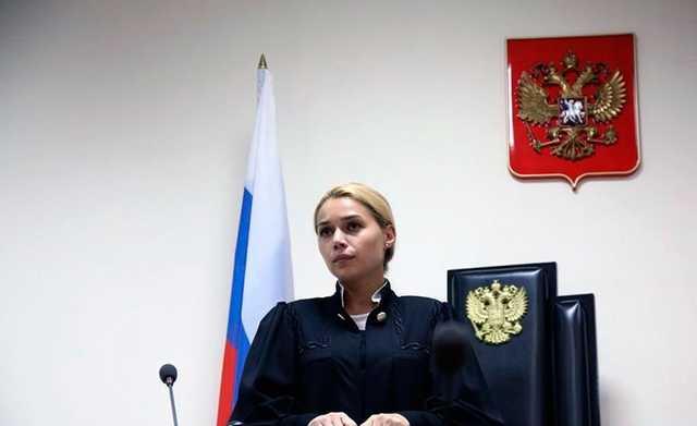 Судью Дорогомиловского суда вынудили уволиться из-за интимной фотографии, сворованной из взломанного телефона