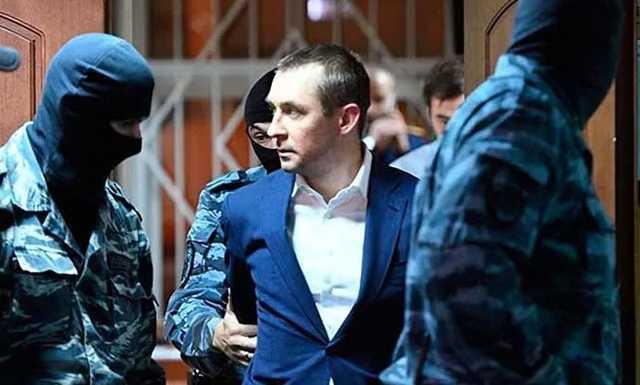 «Нормальные ребята, а им сломали карьеру»: «полковник-миллиардер» Захарченко прокомментировал приговор Кокорину и Мамаеву
