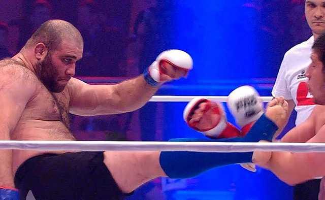 Пьяный чемпион Европы по MMA нокаутировал полицейских в Северной Осетии