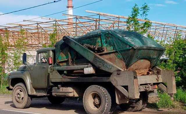 Жители Можайска пожаловались на «мусорного бизнесмена». На его землю незаконно свозили отходы