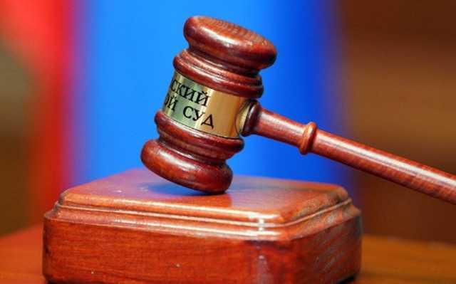 Раскрывшего убийство вне службы полицейского осудили за превышение полномочий