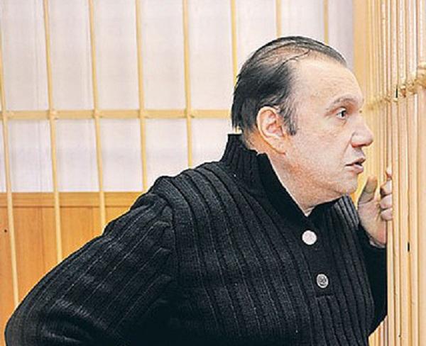 Яна Рудковская больше не «шалава», считает перевоспитанный Виктор Батурин