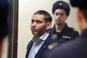 Осужденному за взятку от Аслана Гагиева полицейскому отменили приговор