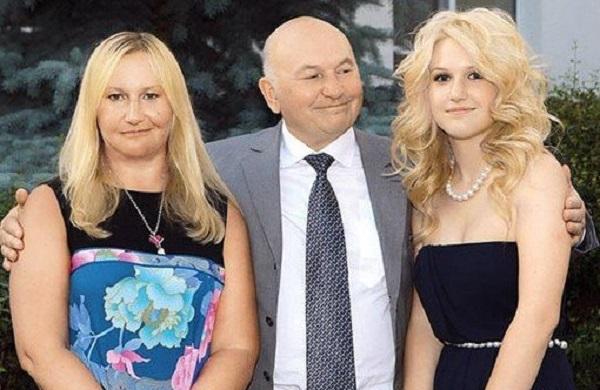 Дочь Лужкова купила две квартиры в США за $2600000, а «продала» за $20