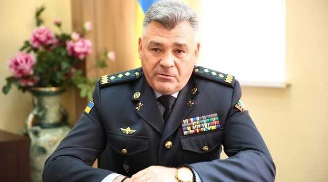 Под началом Зеленского служит генерал армии Цигикал, которого Порошенко за особые заслуги в организации контрабанды сделал генералом