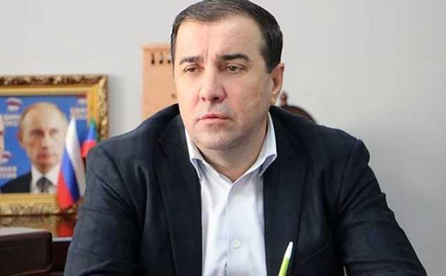 Главу Дербентского района Дагестана подозревают в четырех убийствах