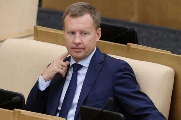 Судимый рейдер Станислав Кондрашов и покойный беглец Денис Вороненков: расследование западных СМИ