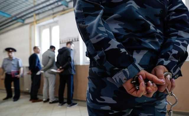 На бывшего замглавы колонии в Рязанской области завели семь уголовных дел