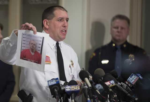 Американец, убивший незнакомую семейную пару и похитивший их 13-летнюю дочь, получил пожизненный срок