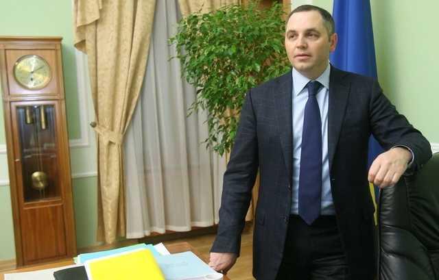 Портнов грозит арестовать все активы Порошенко, в том числе оформленные на подставных лиц