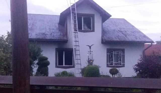На Прикарпатье известный адвокат застрелил жену, поджог дом и совершил суицид