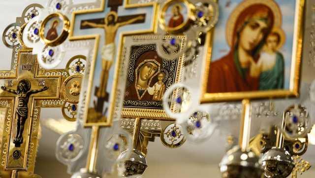 Почему храмов все больше, а доверия к церкви — все меньше