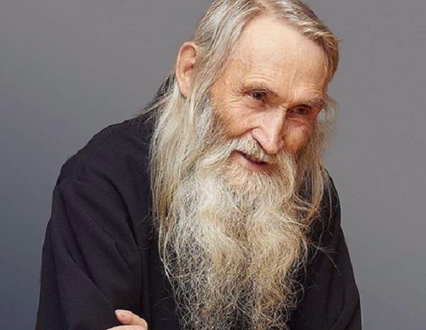 «Духовник чиновников» схимонах Илий оказался популярным блогером