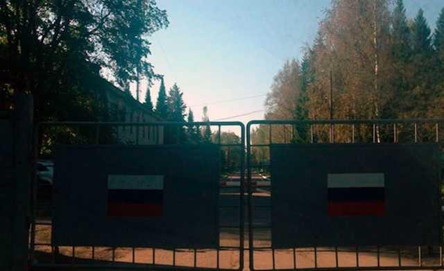 В Петербурге задержали учителя ОБЖ по подозрению во взрыве самодельной бомбы у воинской части