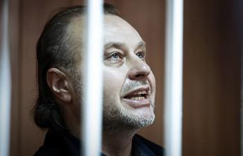 Тюремной обуви Олегу Коршунову хватило на 7 лет