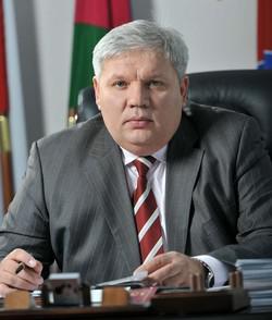 Благодарность Владимира Зверева обошлась бюджету в 23 млн руб.