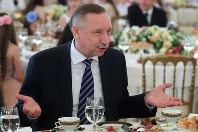 Кампанию кандидата в губернаторы Петербурга Александра Беглова на 58,8 млн руб. спонсируют фармацевты, оборонка, фирмы при Смольном
