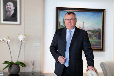 Глава ВТБ Андрей Костин за 4 года потратил 140 млн руб. на дизайнерскую мебель, материалы для отделки и аксессуары для интерьера