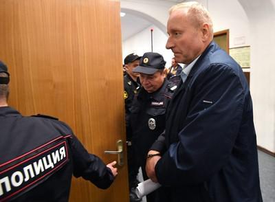 Александр Мельников инициировал возобновление дела ради выкупа